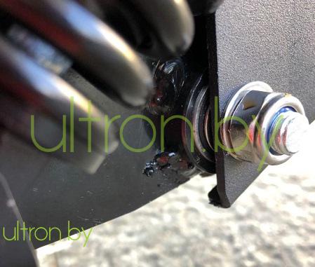 Подшипник Ultron T11 V.4 - Соединение дэки и задней вилки сделано на подшипниках